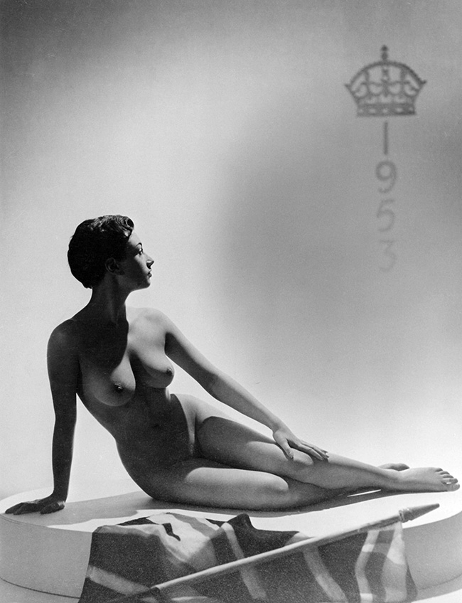 A nude Pamela Green in 1953 with a union jack.