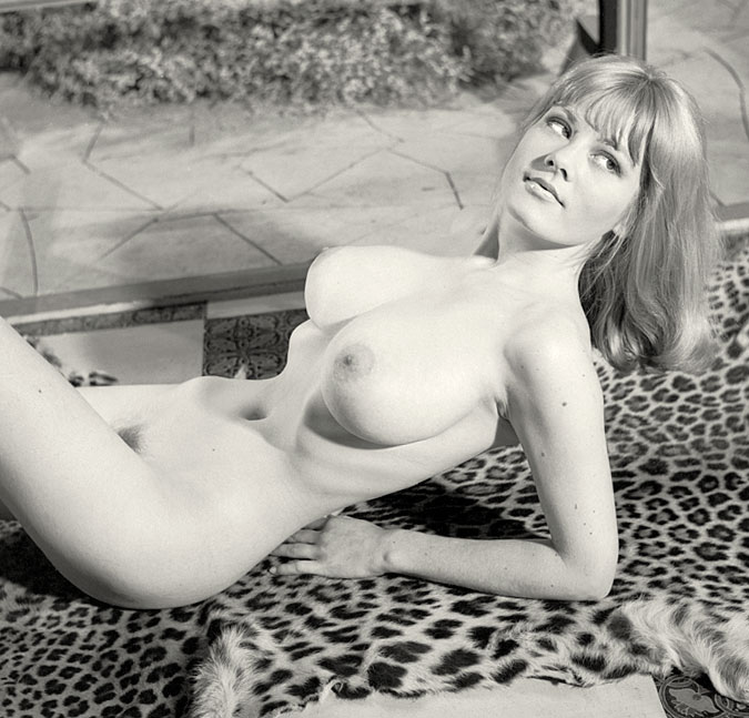 The Nine Ages of Nakedness, Ann Dixon, Hazel Taylor, Glamour model